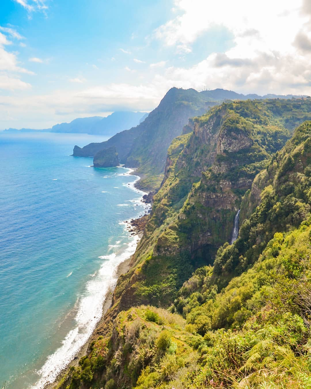 COVID-19: Madeira First Region with a tourist destination certification process